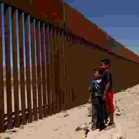 3.mai.2018 - Região da fronteira entre os EUA e México é um dos locais onde mais migrantes perderam a vida no continente - Jose Luis Gonzalez/Reuters
