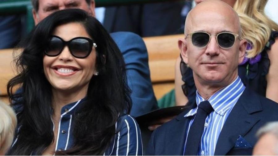 Bezos é, assim como Gates, um dos homens mais ricos do mundo - Getty Images