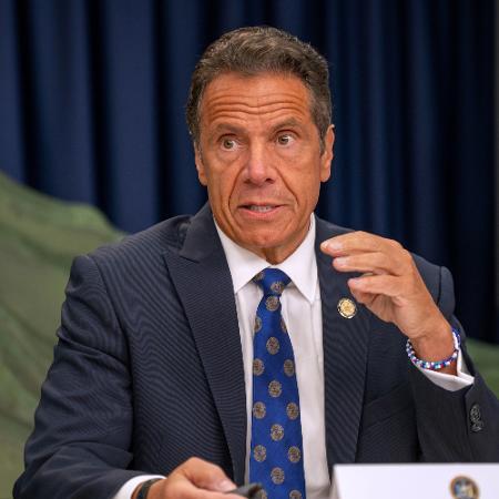 6.jul.2020 - O governador de Nova York, Andrew Cuomo, em coletiva de imprensa sobre a situação da covid-19 - David Dee Delgado/Getty Images/AFP