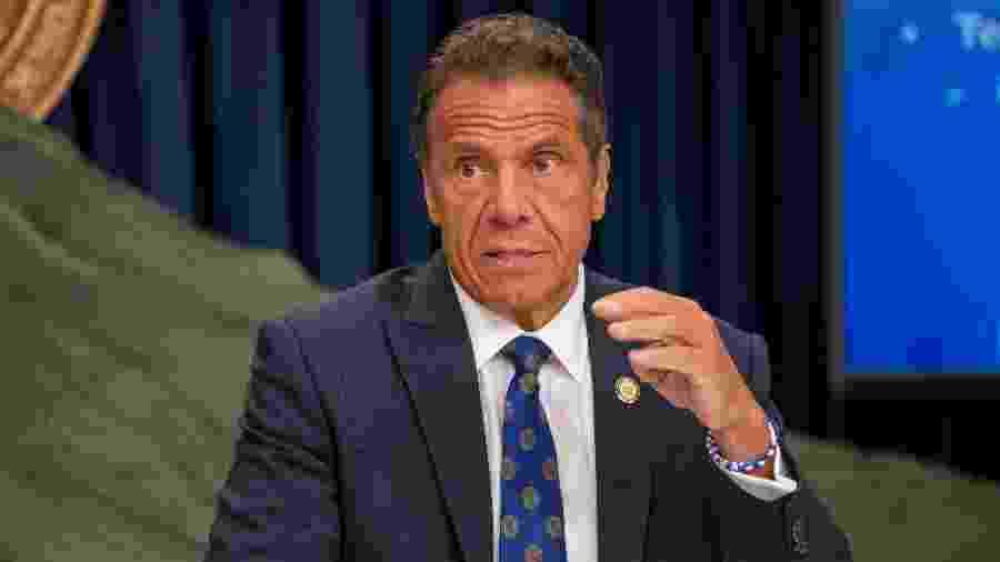 6.jul.2020 - O governador de Nova York, Andrew Cuomo, em coletiva de imprensa sobre a situação da covid-19 no estado - David Dee Delgado/Getty Images/AFP
