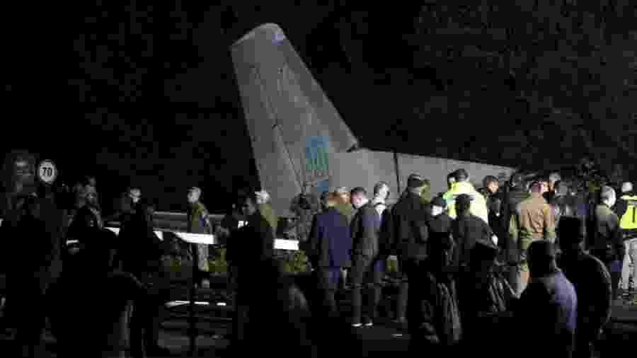 Queda de avião militar deixou ao menos 22 pessoas mortas na Ucrânia - Sergey Bobok/AFP