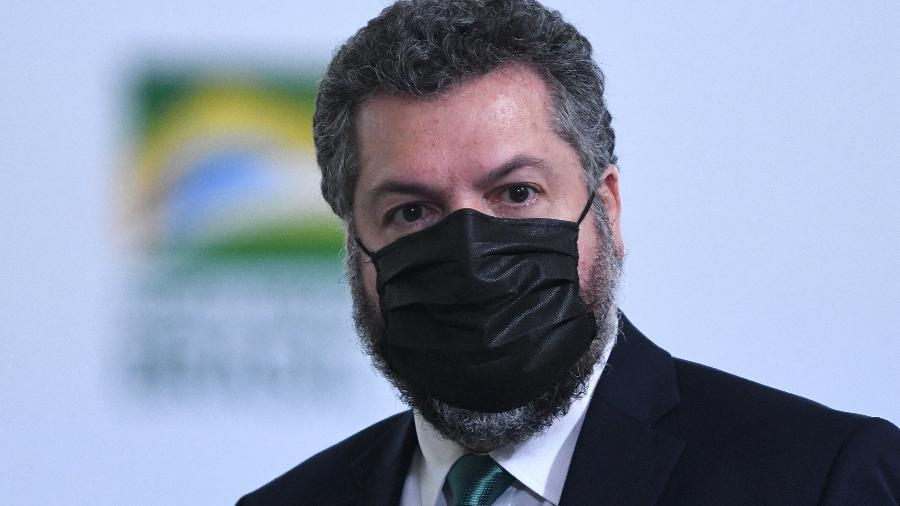 Araújo: podemos estar a 2 ou 3 semanas de redução de casos após forte vacinação - Edu Andrade/Fatopress/Estadão Conteúdo