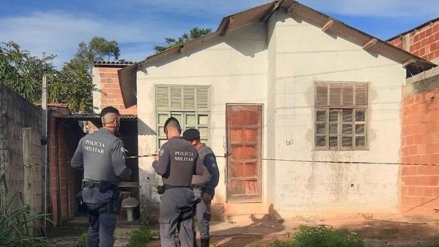 Mãe e filho foram encontrados mortos debaixo de cama na casa onde moravam -  Reprodução/Luciana Máximo
