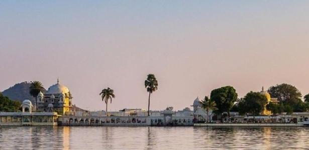 Redes especializadas em serviços de alto luxo controlam propriedades tombadas pelo patrimônio na Índia - Eternal Mewar/BBC