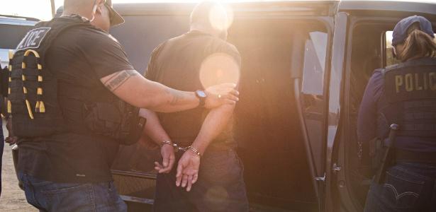 Fidel Delgado é preso pela polícia imigratória na Califórnia