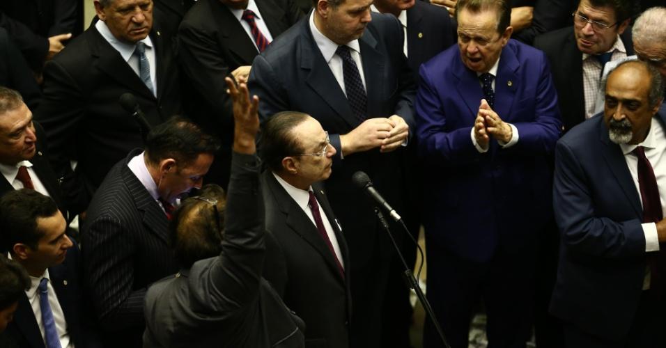 2.ago.2017 - O deputado Paulo Maluf (PP-SP) durante votação do processo contra o presidente Michel Temer por corrupção passiva, no plenário da Câmara dos Deputados, em Brasília, nesta quarta-feira