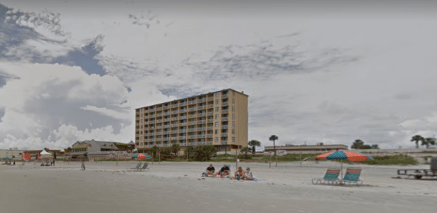 Idoso não poderá mais frequentar a praia Daytona Beach, nos Estados Unidos