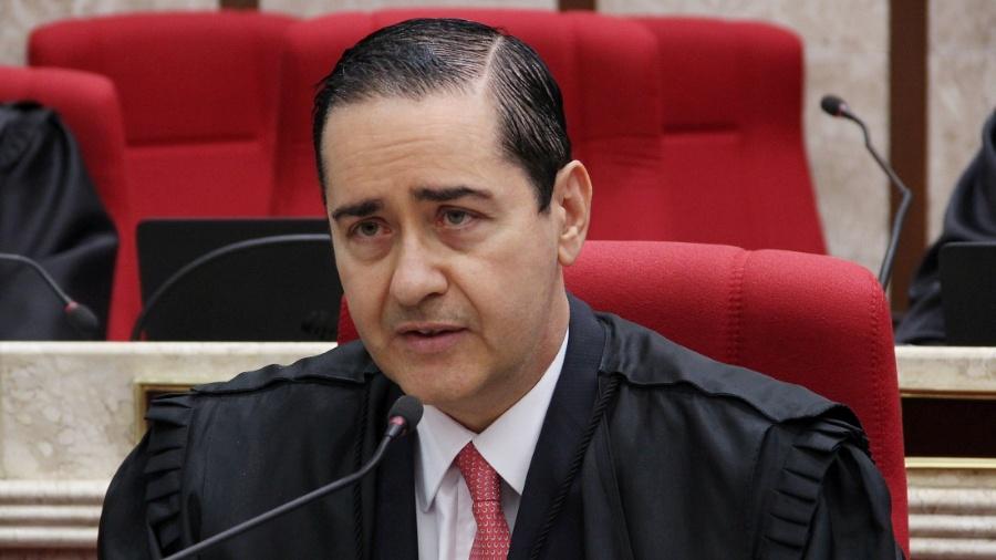 Desembargador federal Carlos Eduardo Thompson Flores Lenz foi presidente do TRF-4 até o mês passado; agora, ele integra a 8ª Turma do Tribunal, que julgará o processo do sítio de Atibaia - Sylvio Sirangelo/TRF4