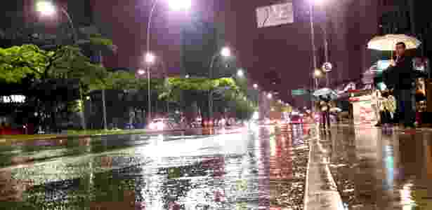 Capital paulista amanheceu sob chuva e em estado de alerta nesta quinta-feira - Luciana Quierati/UOL