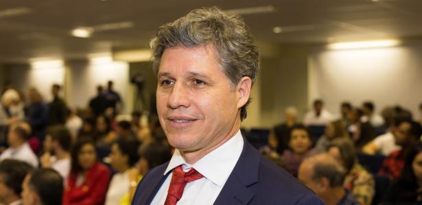 O deputado federal Paulo Teixeira (PT-SP) foi um dos parlamentares que tiveram o telefone celular clonado