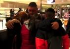 Com despedida emocionada, mexicano é deportado após viver por 30 anos nos EUA
