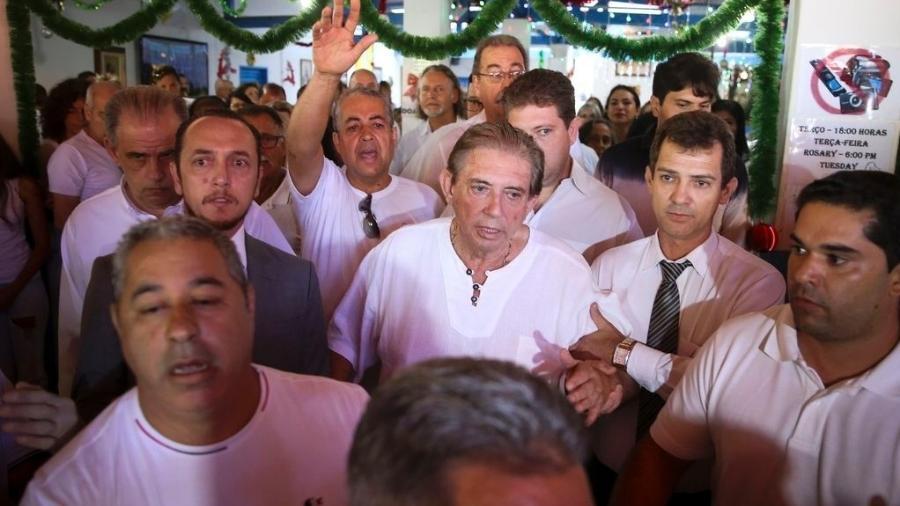 12.dez.2018 - João de Deus chega à Casa Dom Inácio Loyola, em Abadiânia - Marcelo Camargo/Agência Brasil