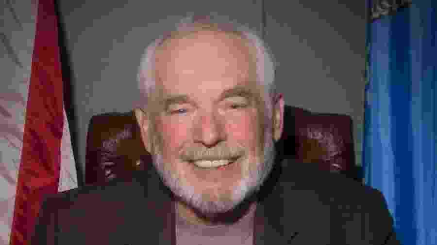 Charles Lamb foi prefeito de Edmond, mas morreu em dezembro do ano passado - Facebook