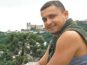 Flávio Rodrigues dos Santos, 42, vítima de homicídio - Reprodução/Facebook