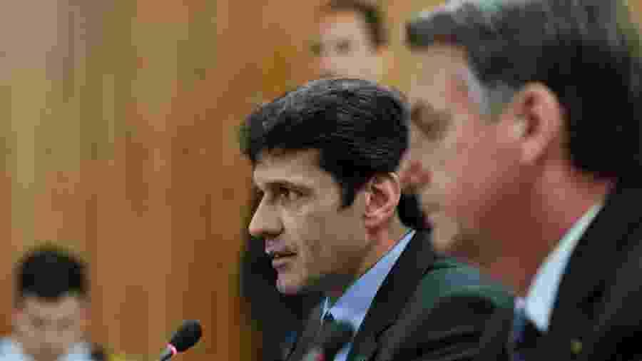O ministro Marcelo Álvaro Antônio, do Turismo, e o presidente Jair Bolsonaro - Marcos Corrêa-24.abr.2019/PR