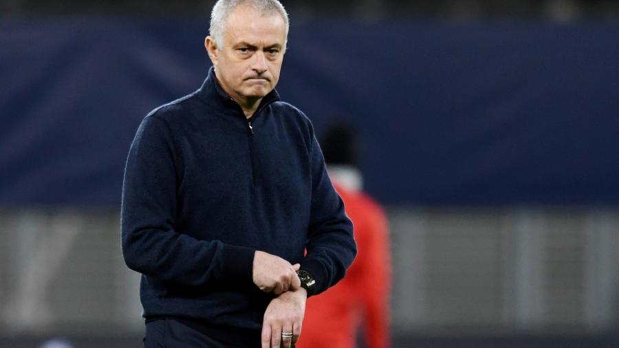 Em entrevista, treinador português quis enfatizar que não tem qualquer tipo de problema com o meia - ANNEGRET HILSE