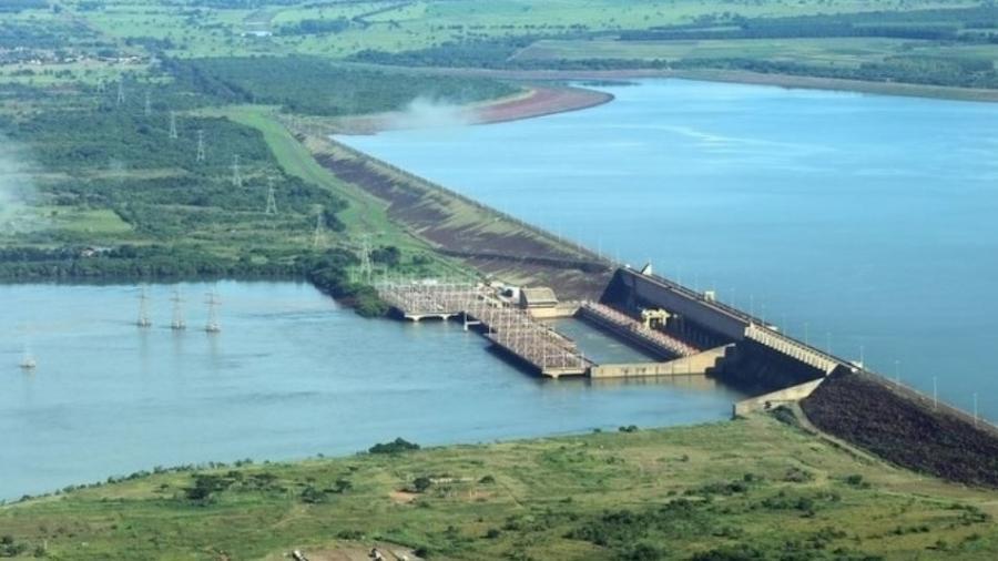 Hidrelétrica de Ilha Solteira no rio Paraná (MS/SP) - Raylton Alves/Banco de Imagens ANA