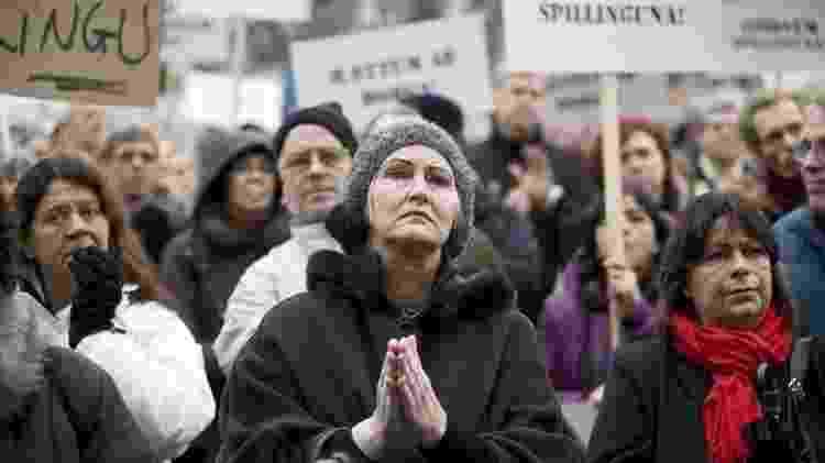 Os islandeses foram uns dos primeiros a sair às ruas para protestar contra os bancos e o governo - AFP - AFP