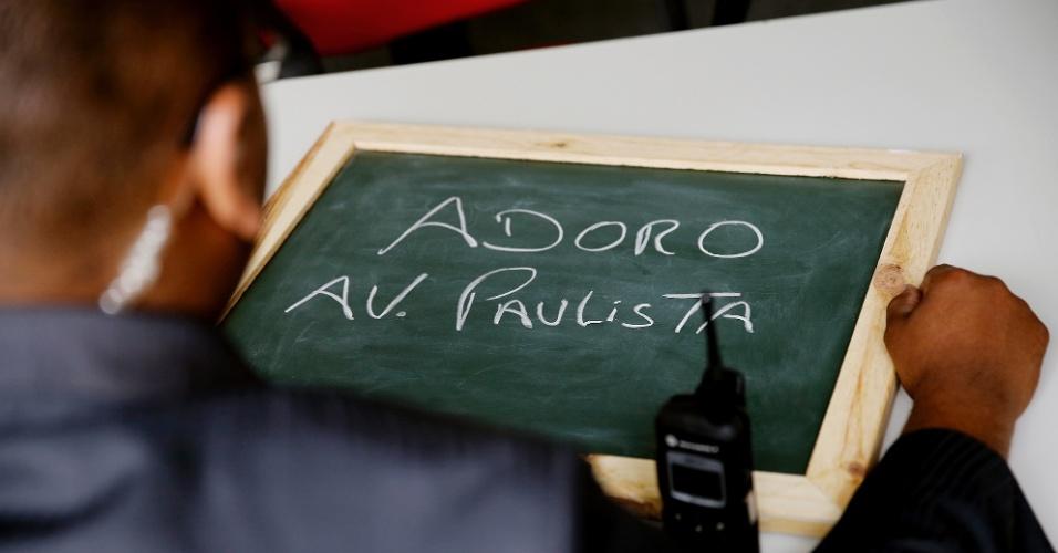 """""""Adoro a Avenida Paulista. É o cartão postal da cidade e o lugar onde me sinto bem. Eu adoro São Paulo, adoro São Paulo de coração""""."""