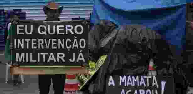 Antonio Eugenio de Melo, 47, trabalha com construção civil  - Fernando Donasci/UOL - Fernando Donasci/UOL