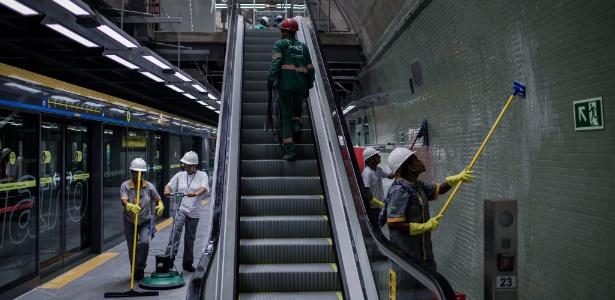 Obras da estação Higienópolis-Mackenzie do metrô, da linha 4-amarela; inauguração é terça (23)