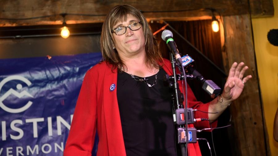 14.ago.2018 -  Christine Hallquist venceu nesta terça-feira a primária democrata e será a candidata do partido ao governo de Vermont - a primeira mulher transgênero - Caleb Kenna/Reuters
