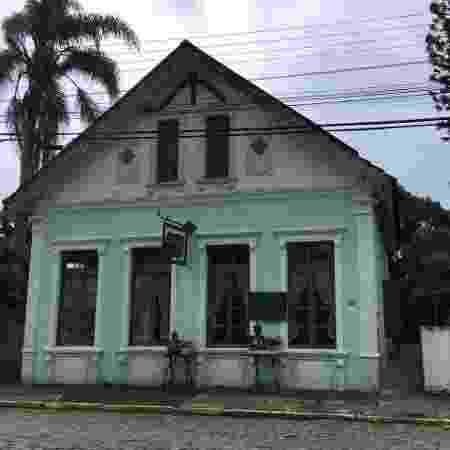 Fachada do restaurante Armazém Bistrô, em Porto Belo (SC) - Lucas Gabriel Marins/UOL