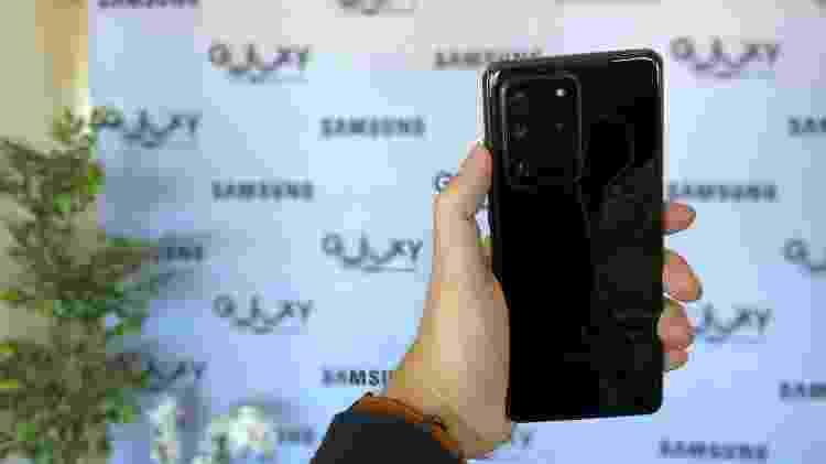 Galaxy S20 Ultra - traseira - Gabriel Francisco Ribeiro/Tilt - Gabriel Francisco Ribeiro/Tilt