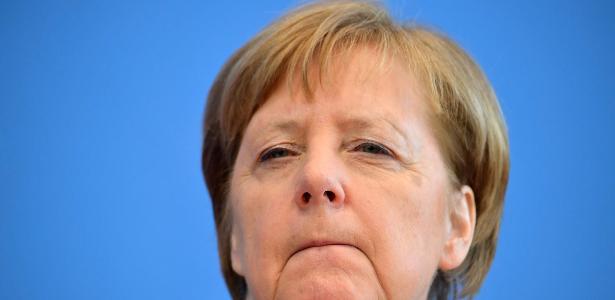 Médico testou positivo | Angela Merkel adota isolamento por causa do vírus na Alemanha