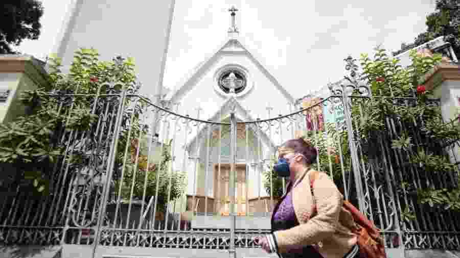 Igreja Nossa Senhora do Rosário, em Belo Horizonte, é vista fechada em meio à pandemia do coronavírus - Alex de Jesus/O Tempo/Estadão Conteúdo