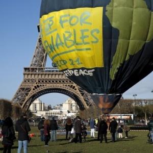 00e454edcb Fotos  Conferência do Clima em Paris (COP-21) - 28 11 2015 - UOL ...
