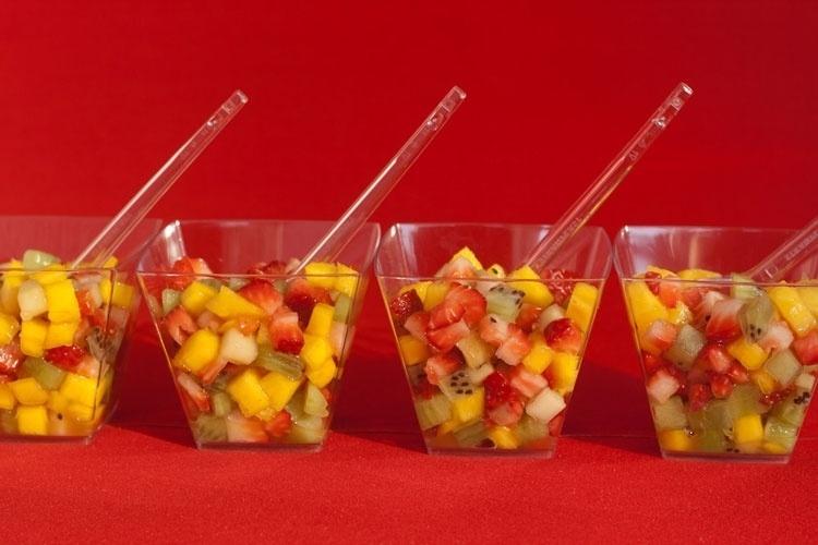 salada de frutas da rede MR Fit Fast Food