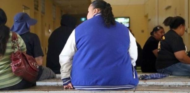 Memória menos intensa de refeições recentes pode levar a pessoa a comer em excesso