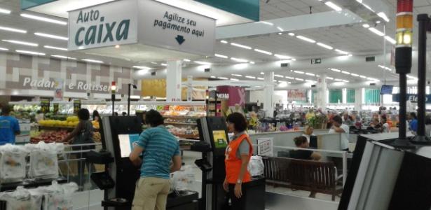 Autocaixa instalado no supermercado Enxuto, no interior de São Paulo