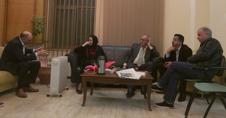 Najat Abu Baker no Parlamento palestino