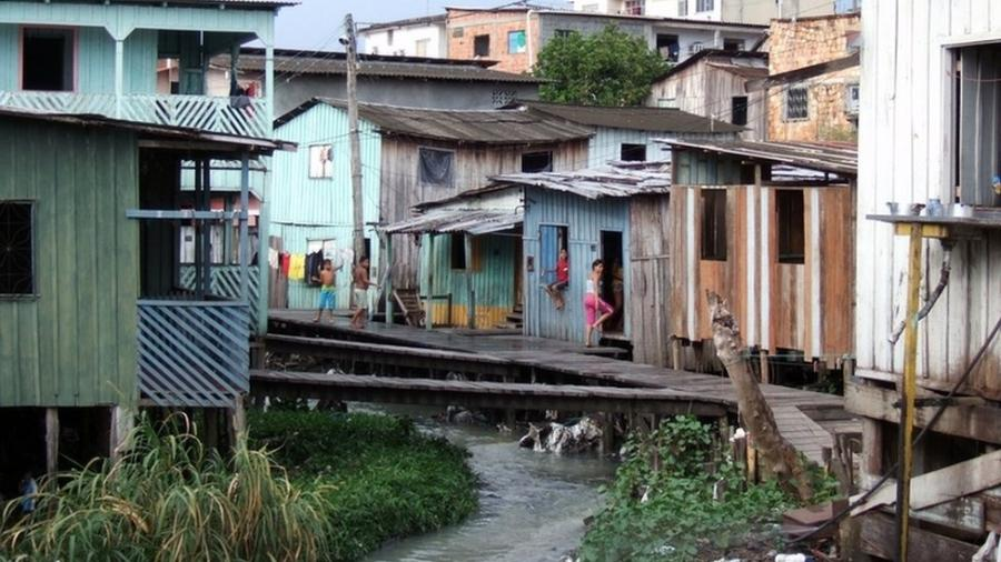 Milhões no Brasil ainda não têm acesso à água - BBC