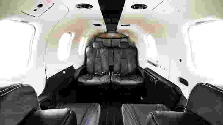 Com capacidade para seis passageiros, TBM 940 custa até US$ 4,3 milhões - Divulgação  - com capacidade para seis passageiros tbm 940 custa ate us 43 milhoes 1574381747144 v2 750x421 - Avião a hélice é simples por fora, mas tem luxo de jato por até R$ 32 mi