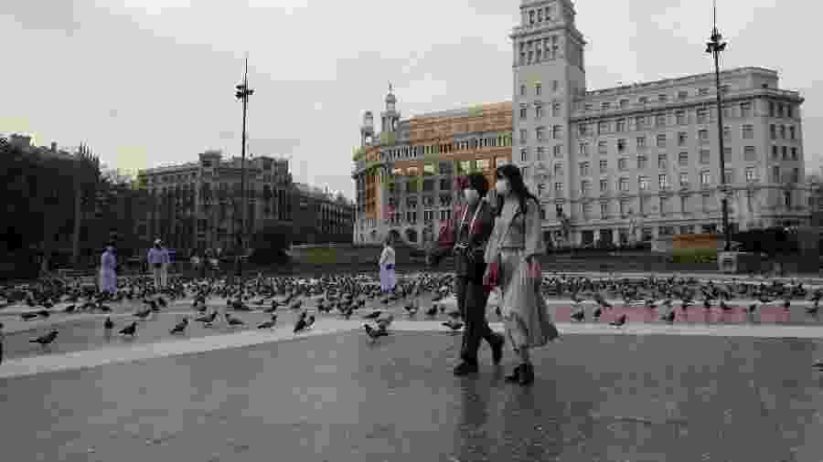 Praça da Catalunha, em Barcelona, na Espanha, é vista com poucos turistas - Nacho Doce/Reutes