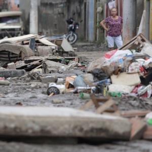 Estragos provocados pelo temporal ainda provocam transtornos para a população de São Gonçalo