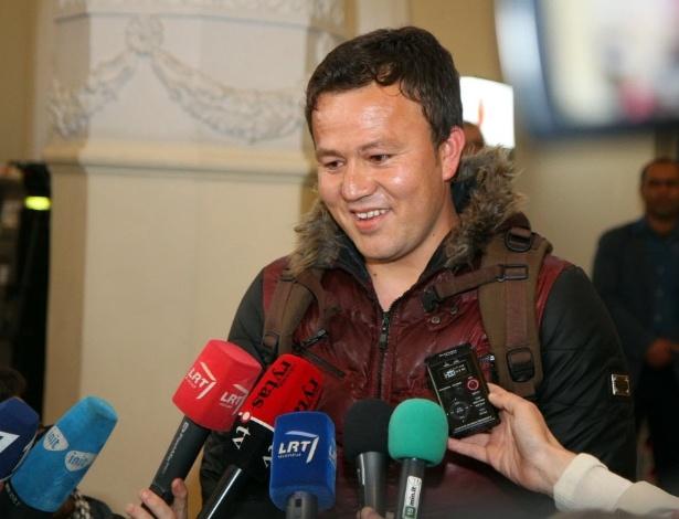 Abdul Basir Yususi, afegão de 22 anos que trabalhou como tradutor para tropas da Lituânia no Afeganistão (foto divulgada em 6 de abril de 2016)