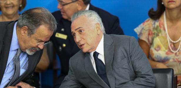 Jungmann (à esq.) foi escolhido por Temer neste domingo (25) - Pedro Ladeira/Folhapress