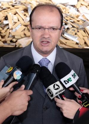 José Carlos Barbosa durante incineração de drogas em Mato Grosso do Sul