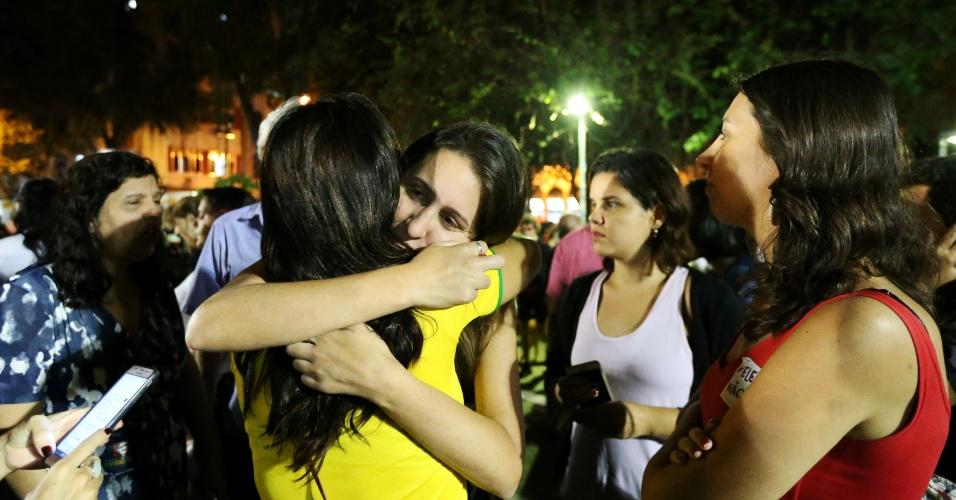 28.10.2018 Eleitores de Fernando Haddad lamentam derrota nas urnas para Jair Bolsonaro, no Rio de Janeiro