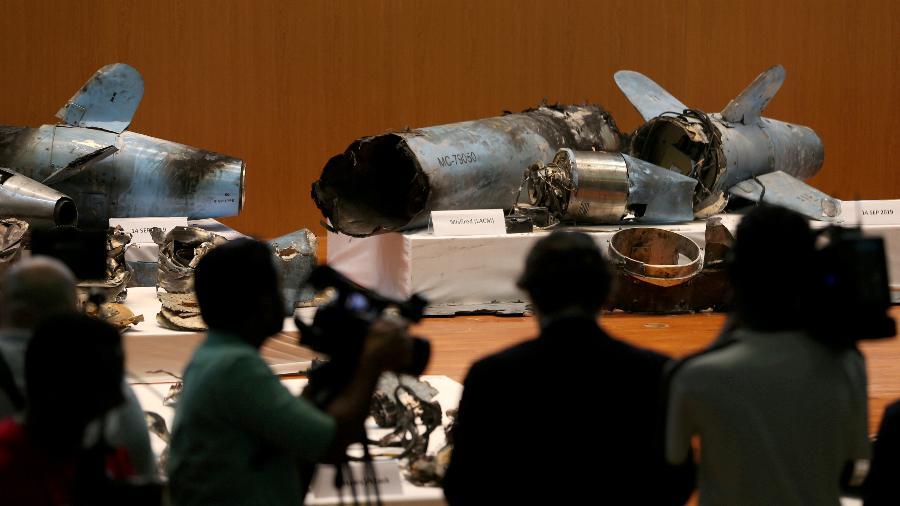 Restos de mísseis que o governo saudita afirma terem sido usados para atacar as instalações da petroleira Aramco - Hamad I Mohammed / REUTERS