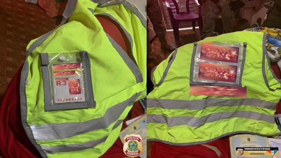 Colete encontrado durante operação da PF em Anadia (AL) - Divulgação/PF-AL