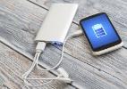 Carregador de bateria genérica pode danificar meu celular? E o portátil? (Foto: iStock)