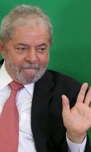 Justiça suspende posse de Lula na Casa Civil; AGU vai recorrer