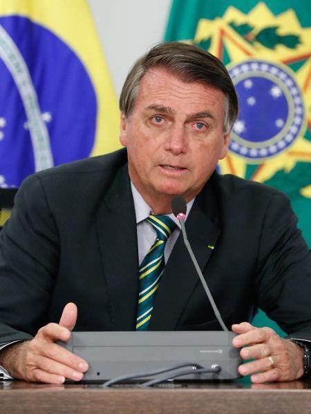 O presidente Jair Bolsonaro (sem partido) durante reunião com o deputado Alex Santana (PDT-BA) e comitiva - Alan Santos/PR