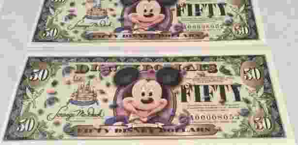 Dolar Disney em comemoração aos seus 50 anos (em 2005) - Reprodução - Reprodução