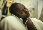 Em Ruanda, uma simples dor de garganta pode se tornar uma lenta sentença de morte (Foto: Andrew Renneisen/The New York Times)